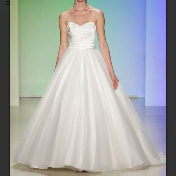 Alfred Angelo Disney Fairy Tale Dresses Alfred Angelo Cinderella